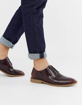 83b1daf669143 Asos Design DESIGN lace up shoes in burgundy faux leather with natural sole