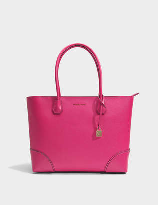MICHAEL Michael Kors Mercer Gallery Large East-West Top Zip Tote Bag in Ultra Pink Mercer Pebble Leather