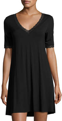 Natori Feathers Lace-Trim Sleepshirt, Black