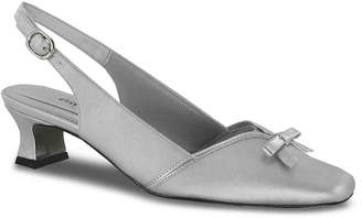Easy Street Shoes Incredible Pump - Women's