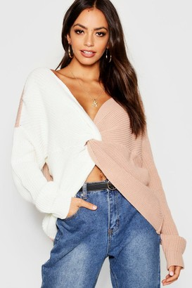 boohoo Knitted Colour Block Twist Front Jumper