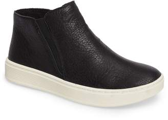Sofft Britton Chelsea Sneaker