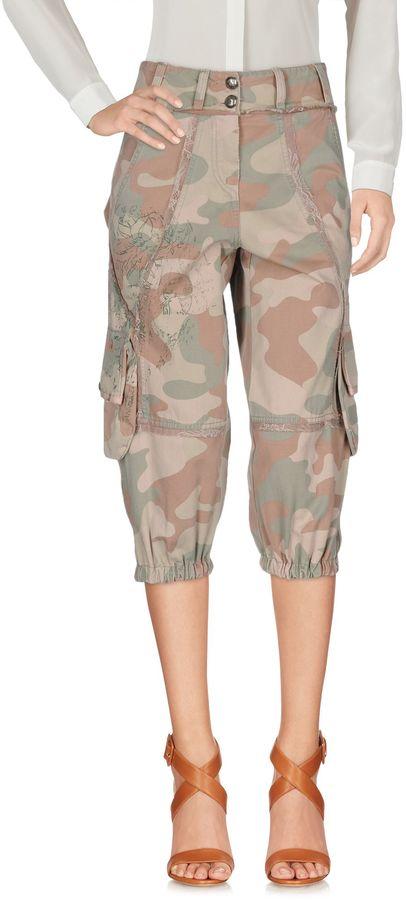 Annarita N.ANNARITA N. 3/4-length shorts
