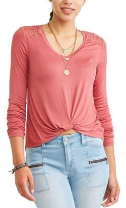 Self Esteem Juniors' Twist Front Crochet Lace Yoke T-Shirt w/ Necklace 2Fer