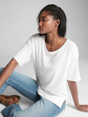 Gap Softspun Scoop Neck T-Shirt