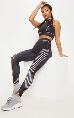 PrettyLittleThing Black Illusion Stripe Legging