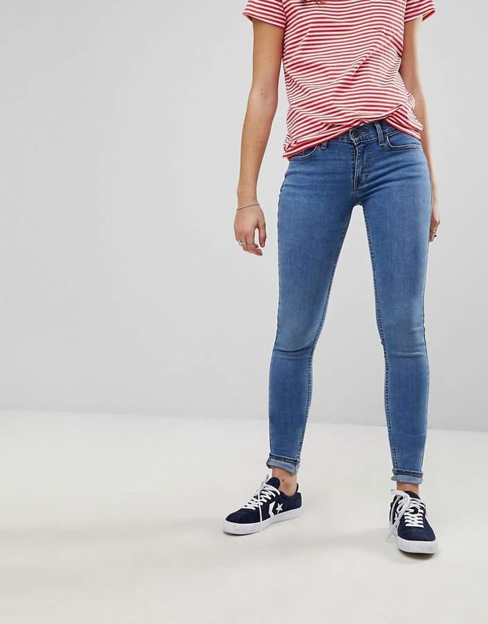 Levis – Innovation – Superenge Jeans