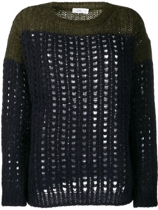 Closed cable knit jumpers