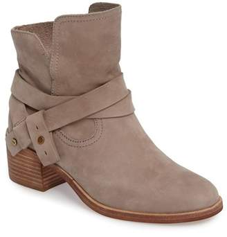 UGG Elora Leather Bootie