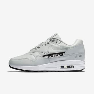 Nike 1 SE Overbranded Women's Shoe