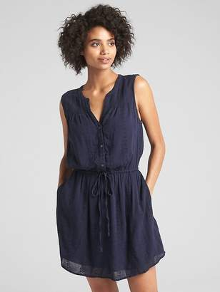 Gap Sleeveless Eyelet Crinkle Shirtdress