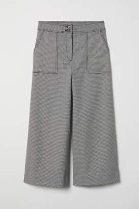 H&M Cropped Pants - Black