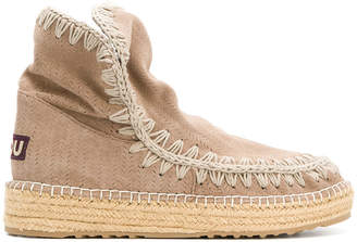 Mou embroidered trim chunky sole boots