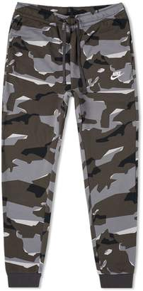 Nike Club Camo Sweat Pant