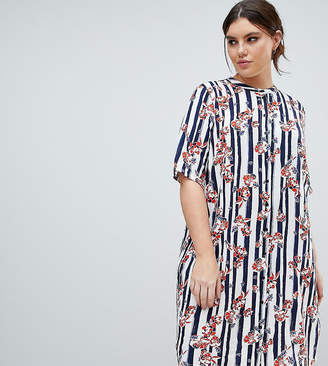 Junarose Graphic Print Shift Dress