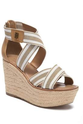 Tommy Hilfiger Theia Fashion Sandal