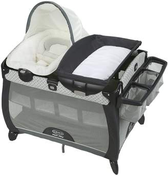 Graco Pack 'n Play Quick Connect Portable Napper Deluxe & Bassinet Set