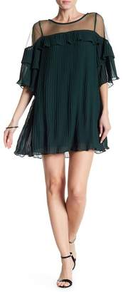 Romeo & Juliet Couture Pleated Ruffle Mesh Top