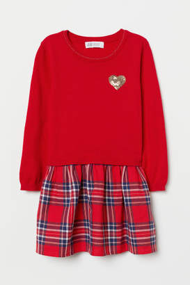 H&M Dress with Flared Skirt - Red
