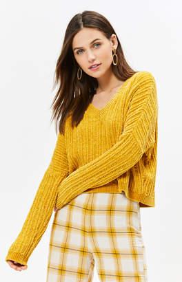 La Hearts V-Neck Pullover Sweater