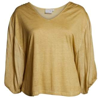 Dantelle V-Neck Balloon Sleeve Top