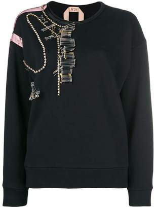No.21 pin-embellished sweater