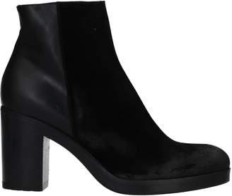 Bryan Blake Ankle boots - Item 11512316UW