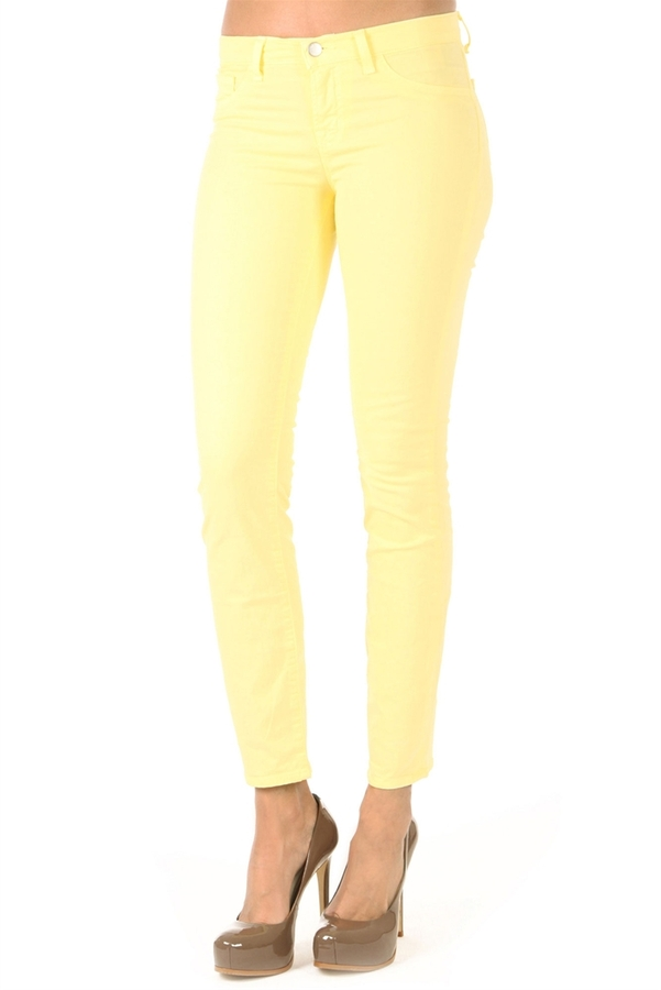 J BRAND 811 Mid-Rise Skinny Jean In Bright Yellow