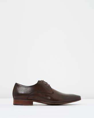 yd. Sage Dress Shoes