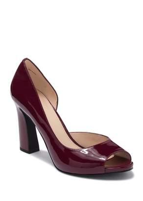 Pelle Moda Nolan Patent Leather Block Heel Sandal