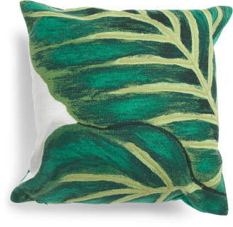20×20 Emerald Banana Pillow