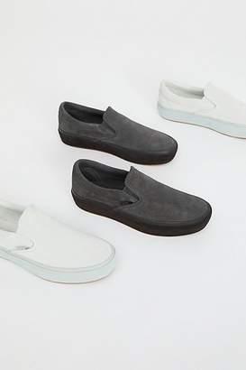 Vans Classic Slip-On Suede Platform Sneaker