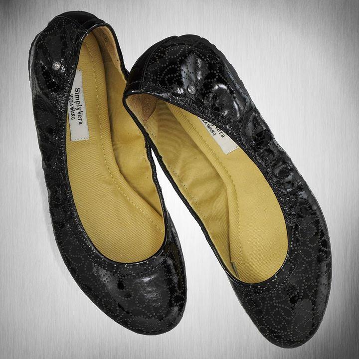 Vera Wang Simply vera ballet flats - women