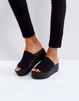 Steve Madden Slinky black chunky flatform sandals
