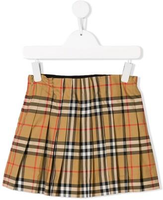 Burberry signature pattern pleated skirt