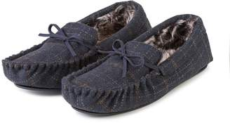 16df0affa48b totes Mens Fur Lined Check Moccasin Slippers