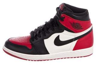 Nike Jordan 2017 1 Retro High OG Bred Toe Sneakers w/ Tags