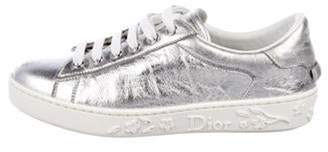 Christian Dior Metallic Low-Top Sneakers Silver Metallic Low-Top Sneakers