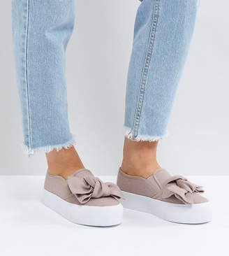 Asos DESIGN DISCOVERY Wide Fit Bow Flatform Sneakers