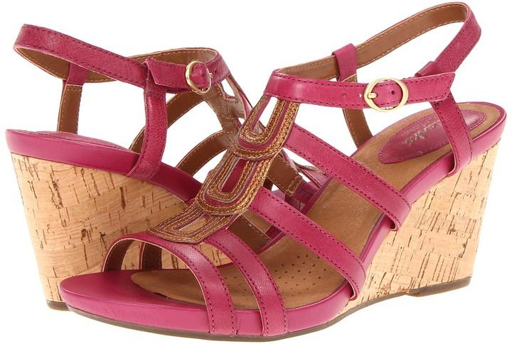 Clarks Kyna Wise (Fuchsia Leather) - Footwear