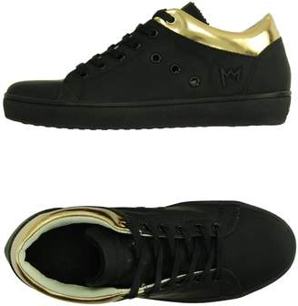 Leather Crown Low-tops & sneakers - Item 11081380AD