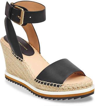 Tommy Hilfiger Yaslin 2 Wedge Sandal - Women's