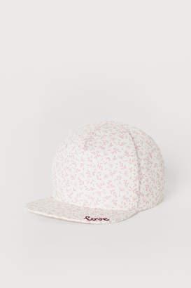 H&M Cap with an applique