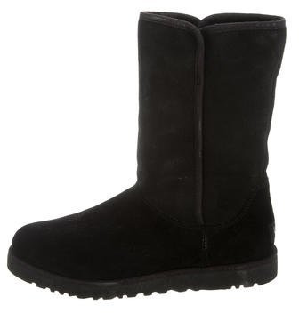 UGGUGG Australia Shearling Round-Toe Ankle Boots