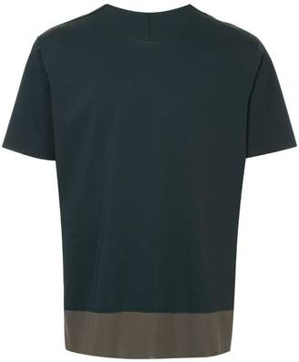 Attachment short-sleeve contrast T-shirt