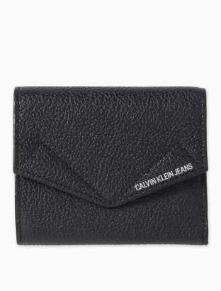 Calvin Klein Pocket Leather Medium Trifold Wallet