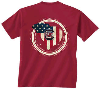 New World Graphics Men South Carolina Gamecocks Flag Fill T-Shirt