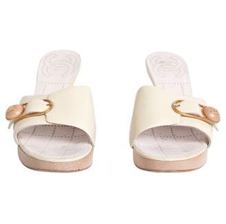 Chanel Yellow Patent leather Mules & Clogs