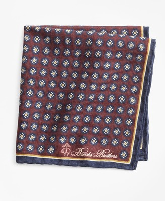 Brooks Brothers Medallion Pocket Square