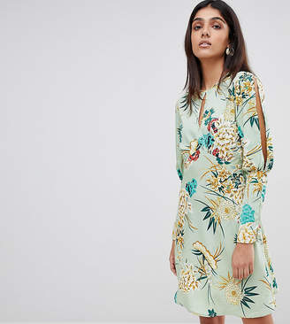 Influence Tall Split Sleeve Tea Dress In Floral Print